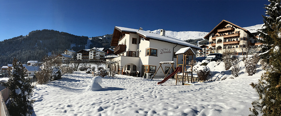 Apartments Vacation flats in the Apart Daniela in Fiss at the Sun plateau in Tyrol